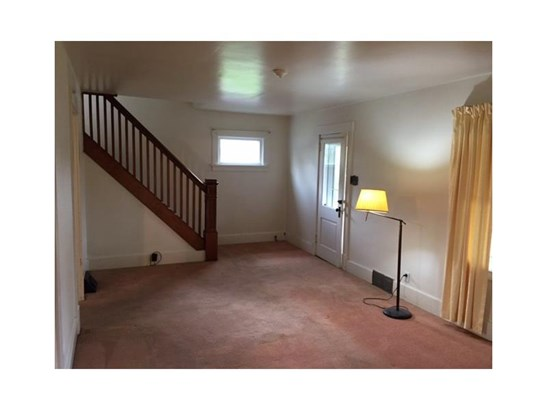 245 Renlee Ave, Ellport, PA - USA (photo 5)