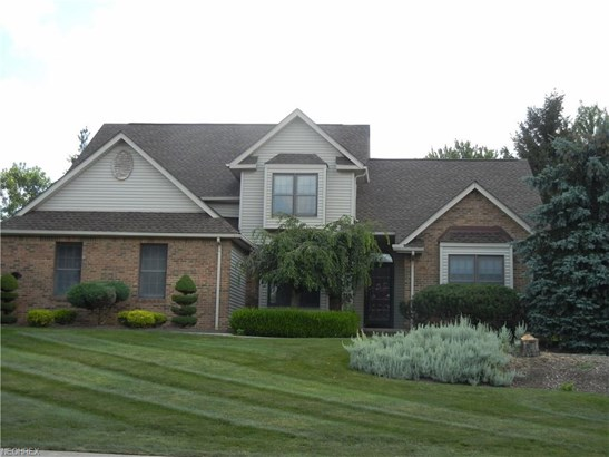 8863 Michaels Ln, Broadview Heights, OH - USA (photo 2)