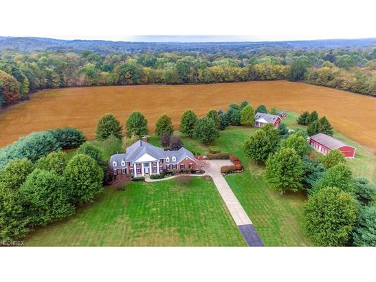 6562 Hampsher Rd, New Franklin, OH - USA (photo 2)