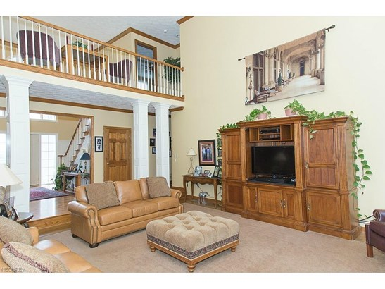 6562 Hampsher Rd, New Franklin, OH - USA (photo 5)