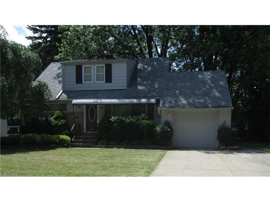 2176 Crescent Dr, Euclid, OH - USA (photo 1)