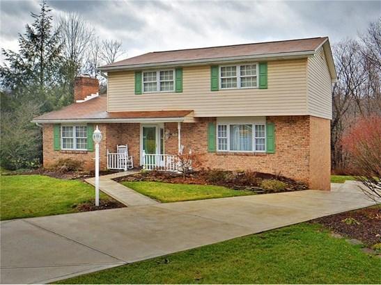 12486 Longview Dr, North Huntingdon, PA - USA (photo 1)