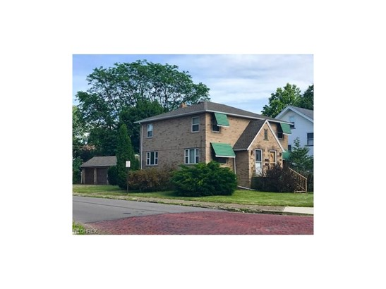 256 Montrose Nw Ave, Canton, OH - USA (photo 1)
