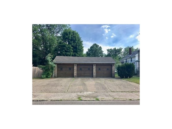 256 Montrose Nw Ave, Canton, OH - USA (photo 3)