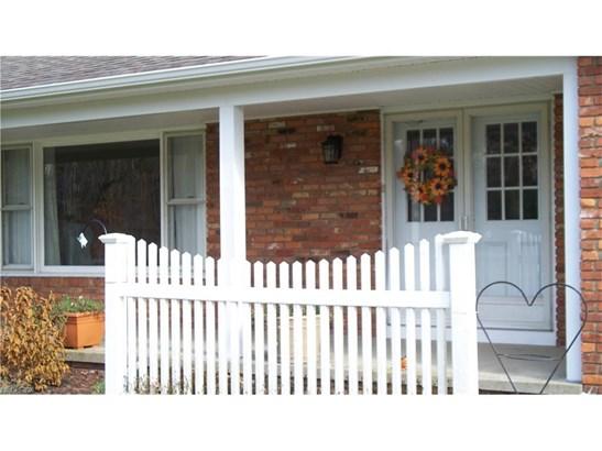 15889 Auburn Rd, Newbury, OH - USA (photo 3)