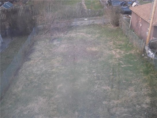1431 Walnut Ave, Monessen, PA - USA (photo 4)