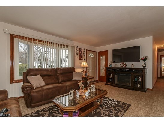 35568 Blanch Ave, Eastlake, OH - USA (photo 2)