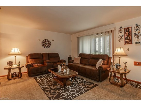 35568 Blanch Ave, Eastlake, OH - USA (photo 4)