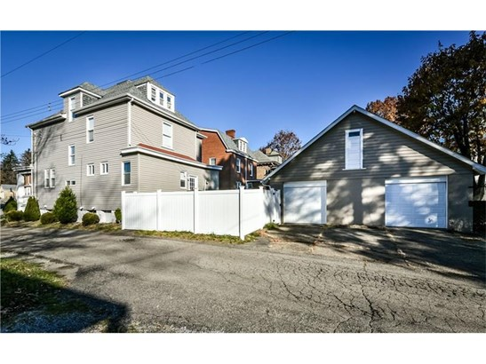 142 N Fremont Ave, Ross, PA - USA (photo 2)