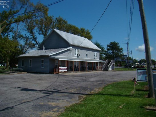 2665 East Harbor Road, Port Clinton, OH - USA (photo 1)
