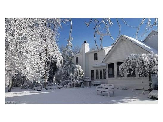 380 Sycamore Cir, Avon Lake, OH - USA (photo 3)