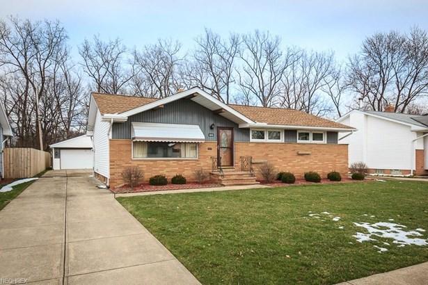 6899 Brandywine Rd, Parma Heights, OH - USA (photo 1)