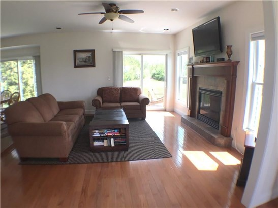5774 Sunset Court, Romulus, NY - USA (photo 4)