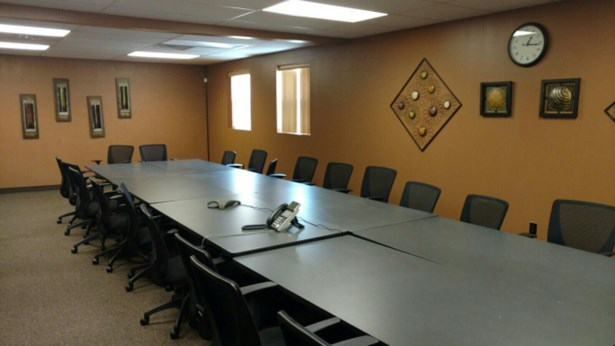 Large Conference Room (photo 2)