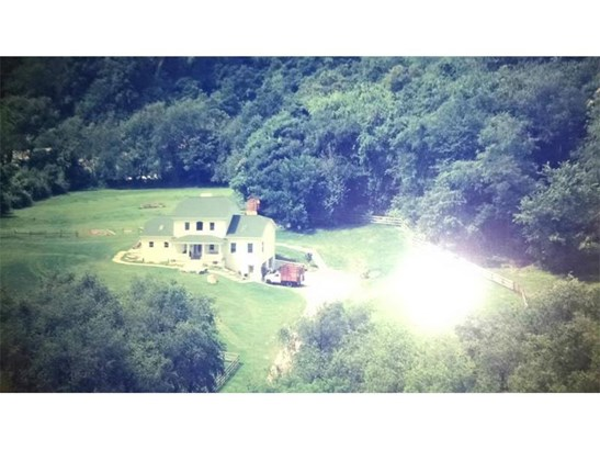 209 Ladysmith Road, Hempfield, PA - USA (photo 1)