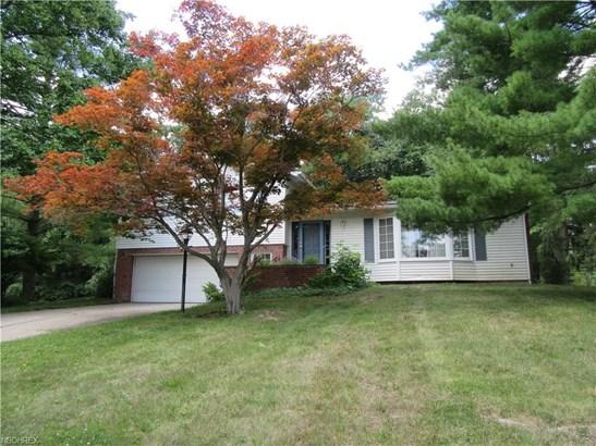 6827 Cranbrook Dr, Brecksville, OH - USA (photo 2)