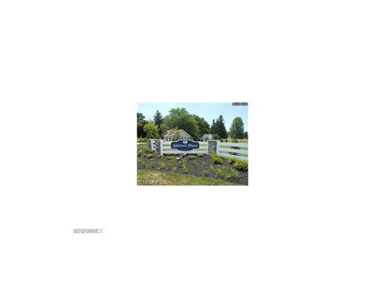 186 Haydens Arbor, Elyria, OH - USA (photo 3)