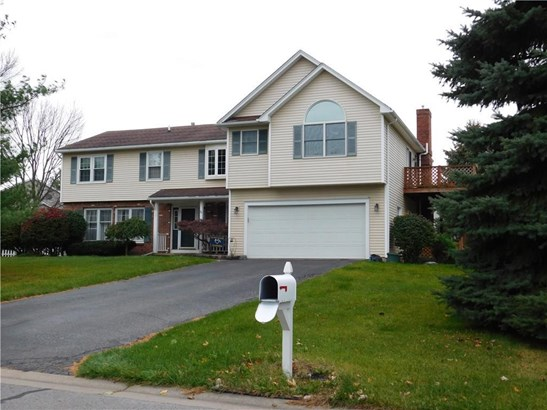 1416 Creek Pointe Drive, Farmington, NY - USA (photo 1)