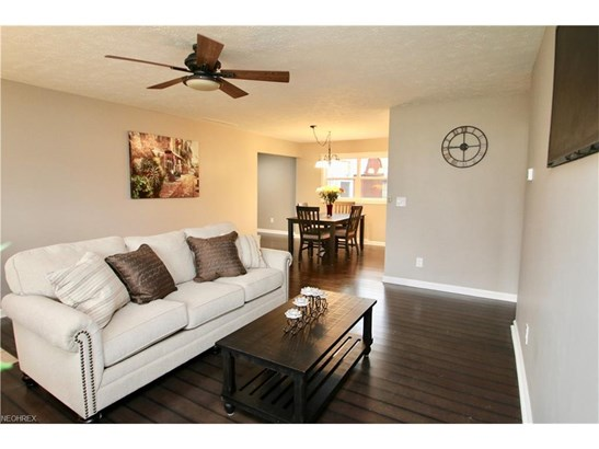 6189 Maplewood Rd, Mentor, OH - USA (photo 4)