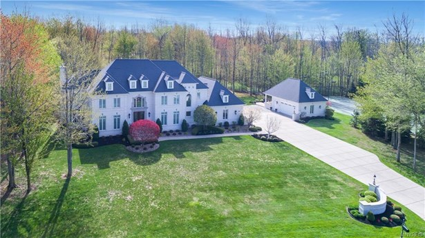 6525 Belle Way, Clarence, NY - USA (photo 1)