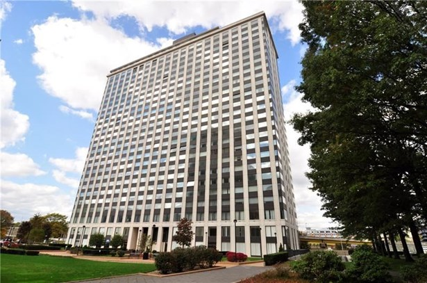 320 Fort Duquesne Blvd 12n, Pittsburgh, PA - USA (photo 1)