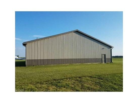 8555 Snoddy Rd, Shreve, OH - USA (photo 3)