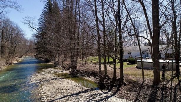 818 Wyncoop Creek Road, Chemung, NY - USA (photo 4)