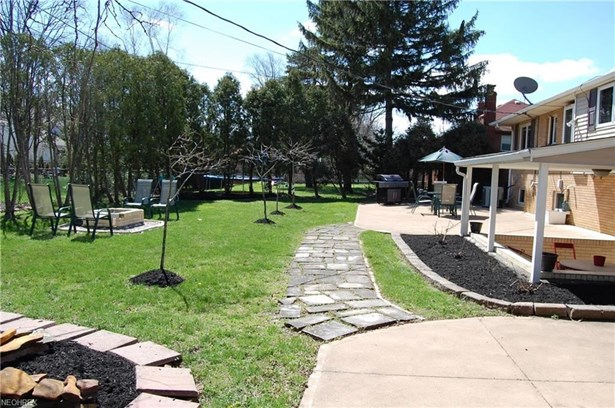 3325 Archwood Dr, Rocky River, OH - USA (photo 3)