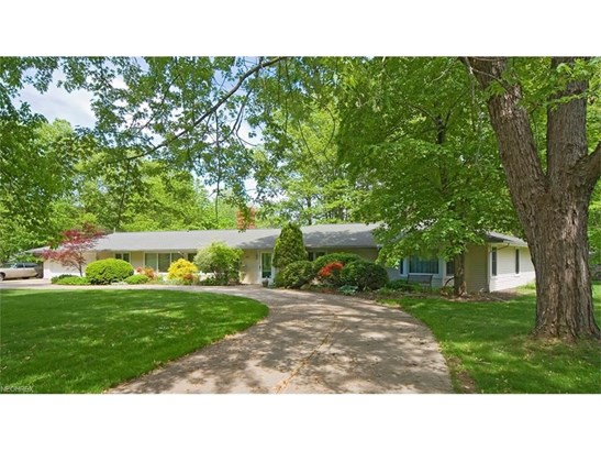 240 Murwood Dr, Moreland Hills, OH - USA (photo 1)