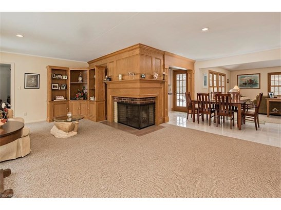 240 Murwood Dr, Moreland Hills, OH - USA (photo 2)