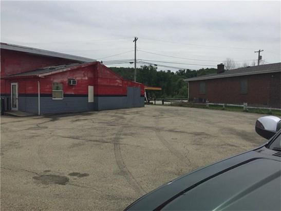 903 Finley Rd, Belle Vernon, PA - USA (photo 3)