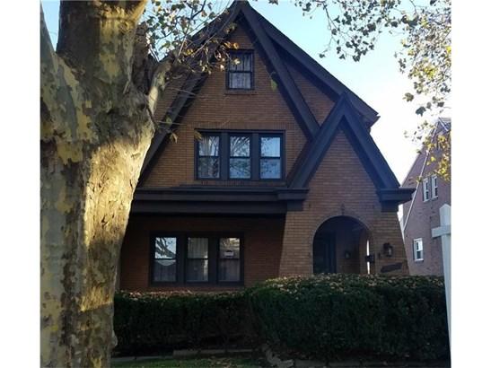 132 W Brentridge Avenue, Brentwood, PA - USA (photo 1)