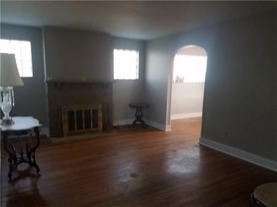 132 W Brentridge Avenue, Brentwood, PA - USA (photo 2)