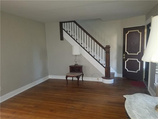 132 W Brentridge Avenue, Brentwood, PA - USA (photo 3)