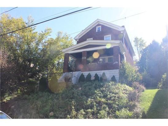 2710 Kirk Ave, Baldwin, PA - USA (photo 2)