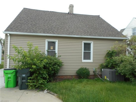 13205 Oakview Blvd, Garfield Heights, OH - USA (photo 3)