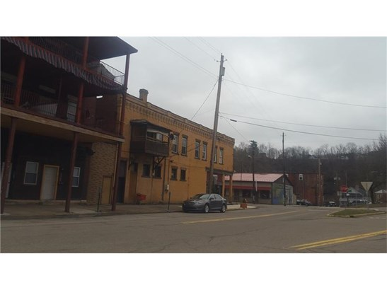 110-112 Third Street, Leechburg, PA - USA (photo 1)