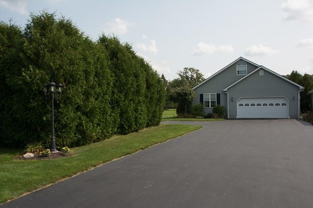 4 Fairway Drive A, Batavia, NY - USA (photo 1)