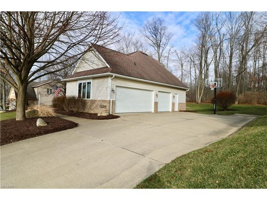 2744 Vinton Woods Dr, Wooster, OH - USA (photo 2)