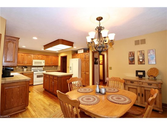 2744 Vinton Woods Dr, Wooster, OH - USA (photo 5)