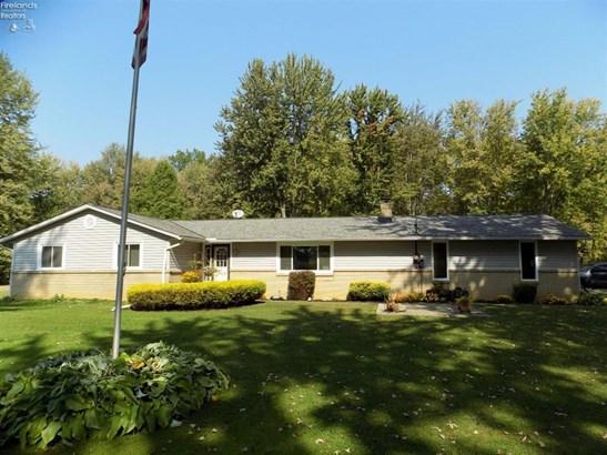 44706 Stang Road, Amherst, OH - USA (photo 1)