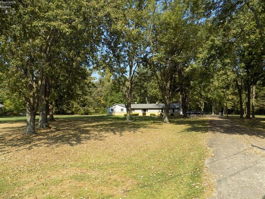 44706 Stang Road, Amherst, OH - USA (photo 2)