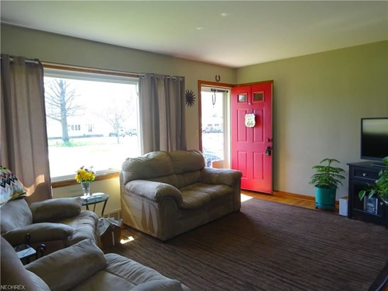66 Clairmont Dr, Concord Twp, OH - USA (photo 2)
