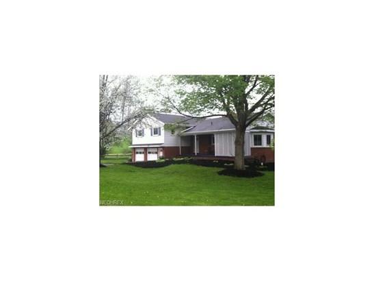 2575 Northampton Rd, Cuyahoga Falls, OH - USA (photo 1)