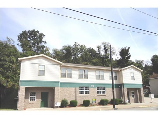 249 Main St, Belle Vernon, PA - USA (photo 2)