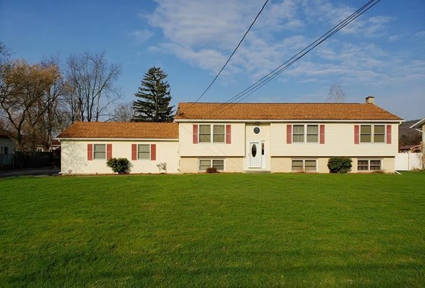 960 Pauline Ave., Pine City, NY - USA (photo 1)