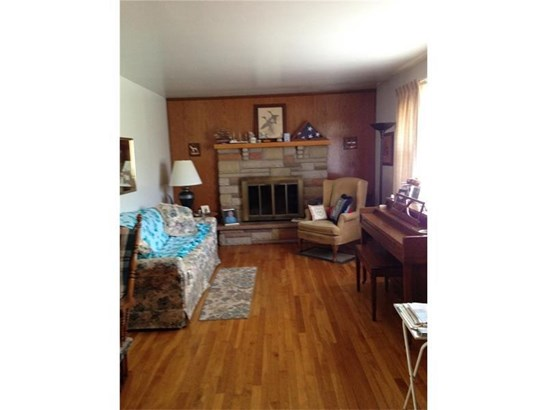 18 Lilac Dr, W Middlesex, PA - USA (photo 3)