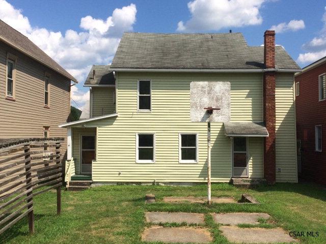 225 Garfield Street, Johnstown, PA - USA (photo 2)