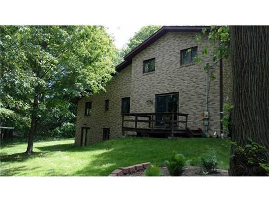 2448 River Rd, Willoughby Hills, OH - USA (photo 4)