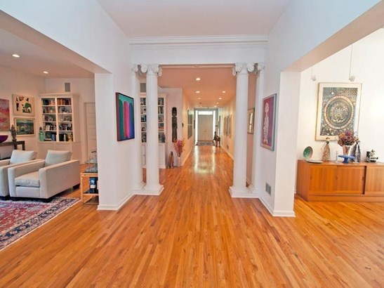 5420 Dunmoyle St, Squirrel Hill, PA - USA (photo 3)